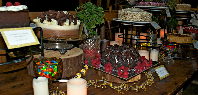 A photo of a desert dash table, with label cards and an attractive arrangement.